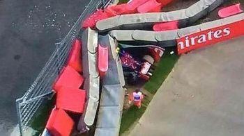 Inca un pilot din F1, aproape de o tragedie | Carlos Sainz Jr a fost transportat cu elicopterul la spital, dar nu se lasa: astazi ia startul la Soci