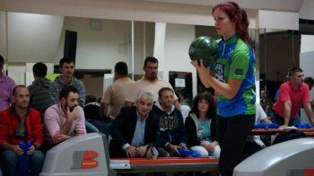 Anna Anderson, locul 3 la IBIBO 2015, este prima femeie pe podiumul Turneului International de Bowling din Romania