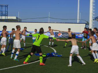 URIAS   Ei sunt fotbalistii care joaca pentru Romaniala cea mai mare competitie din lume, in acest weekend. Prezentare