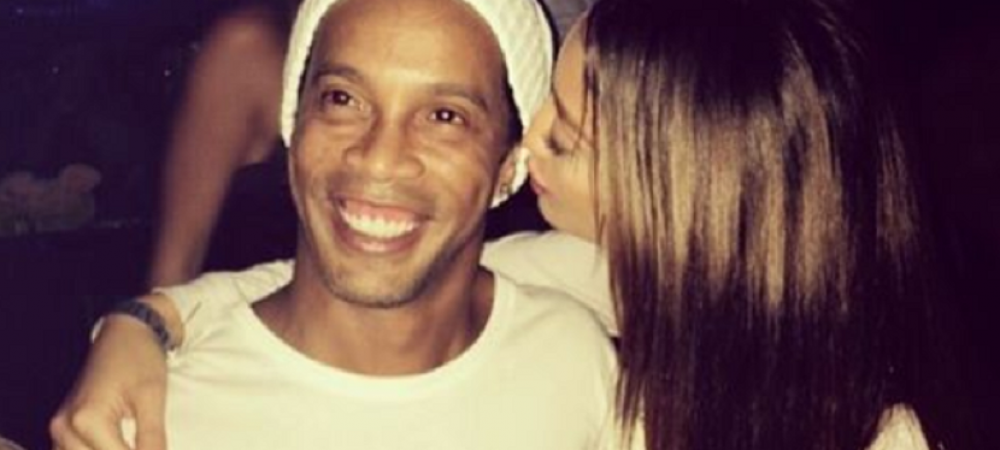 GRASUTUL Ronaldinho a facut show total la un meci din Maroc! Ce a reusit pe gazon