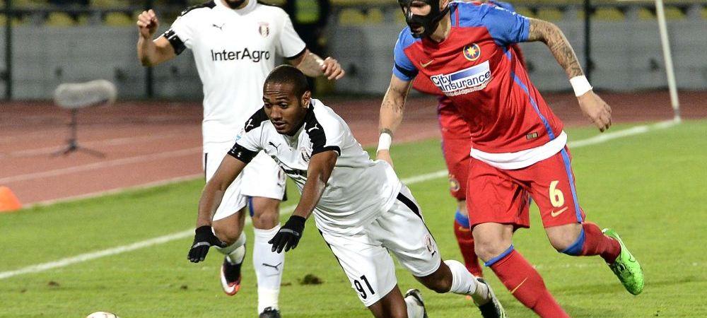 """""""Ei sa se teama de noi, ca noi suntem pe primul loc"""". Cum vad jucatorii lui Sumudica lupta la titlu, dupa ce Steaua i-a luat pe Marica si Bawab"""