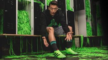 Primele ghete de fotbal FARA SIRET se lanseaza la sfarsitul saptamanii! Cum arata modelul care va fi purtat de Ozil si Rakitic in weekend