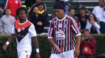 Ronaldinho a revenit pe teren la amicalul cu Sahtior! Ce numar special a purtat la intalnirea cu Mircea Lucescu. VIDEO