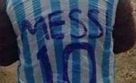 Cine este CEL MAI MARE FAN al lui Messi, pustiul care a emotionat o lume intreaga dupa ce s-a fotografiat asa