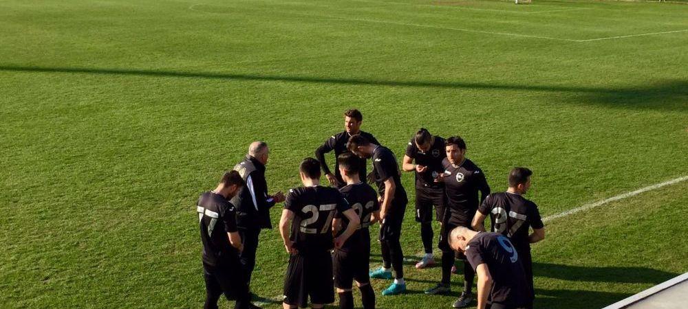 FOTO Mutu si-a schimbat numarul! Cum a aparut la amicalul cu Slovan Liberec