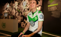 Primul jucator de FIFA pe PlayStation care semneaza cu un club de fotbal! Ce va fi obligat sa faca englezul cat timp e sub contract cu Wolfsburg