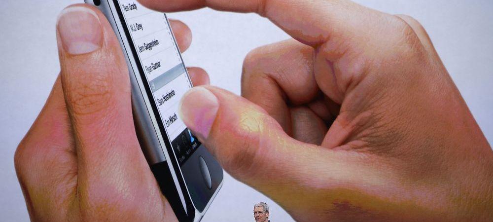 """Gafa IMENSA facuta de Tim Cook la Superbowl! Mii de oameni l-au luat peste picior: """"Ar trebui sa-ti cumperi un Samsung!"""""""