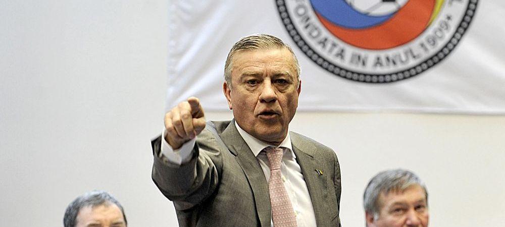 Dupa Dragomir, si Mircea Sandu e aproape de revenirea in fotbal! Clubul surpriza care l-a chemat pe fostul sef FRF