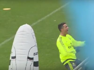 I-a trecut mingea printre picioare si apoi s-a bucurat ca un nebun in fata tribunelor goale! De cine a ras Ronaldo la antrenamentul de azi :) VIDEO