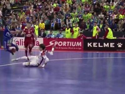 FA-BU-LOS! Geniul Ricardinho a mai facut o nebunie la futsal! Ce s-a intamplat cand a ajuns in fata portarului