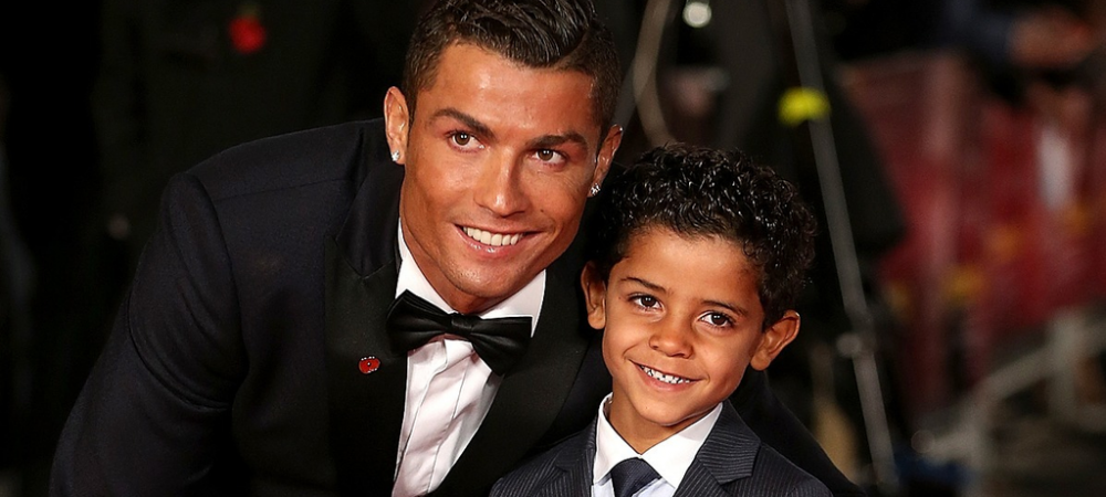 Fiul lui Ronaldo, pozat ca pustiul roman Giuliano Stroe! Imaginea pentru care CR7 a primit 800 000 de like-uri