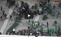"""VIDEO Imagini socante! 2 morti si 100 de raniti dupa o bataie intre suporteri, in tribune, la meciul in care Raja Casablanca a """"sarbatorit"""" 67 de ani de istorie"""