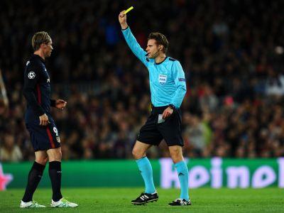 """Torres se revolta dupa eliminarea din meciul cu Barca: """"UEFA se preocupa mai mult de echipamentele noastre"""". Atacantul a vorbit in termeni duri despre arbitrul meciului"""