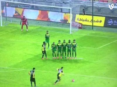 Fantastic! Gol superb reusit de Sanmartean din lovitura libera! Magicianul a reusit si o pasa decisiva! VIDEO