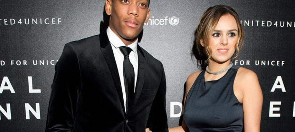 Martial s-a adaptat perfect la viata de star din Premier League! :) Sotia a divortat de el dupa ce a inselat-o