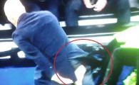 VIDEO I-a batut la fundul gol! Zidane si-a rupt pantalonii in meciul istoric cu Wolfsburg! Imagine fabuloasa pe banca :))