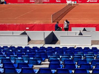 FOTO: Cum arata terenul improvizat pe care se joaca meciuri la Nastase Tiriac Trophy! Arena Centrala, inchisa in lipsa avizului ISU