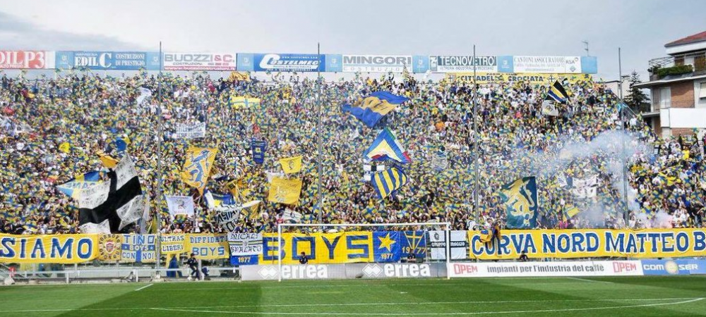 Promovare sarbatorita de zeci de mii de oameni pe strazile orasului: Parma va juca in Serie C in noul sezon, dupa un parcurs fara infrangere in liga a patra