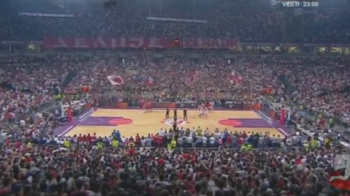 Atmosfera INCREDIBILA in meciul Steaua Rosie - TSKA Moscova din Euroliga! Zgomotul incredibil facut de 25 000 de oameni