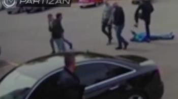 VIDEO SOCANT   Directorul lui Partizan Belgrad, batut crunt in parcarea stadionului, de ultrasi. A fost lasat lat la pamant pentru ca echipa e doar pe 3 in campionat