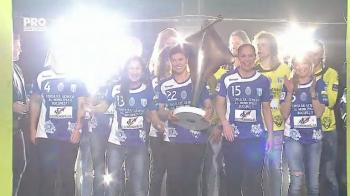 Surpriza uriasa aseara la Romanii au Talent! Cum au aparut REGINELE HANDBALULUI de la CSM Bucuresti cu trofeul Ligii. VIDEO