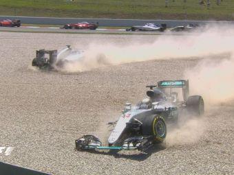Scene INCREDIBILE in Marele Premiu al Spaniei! Hamilton si Rosberg s-au ciocnit dupa nici 30 de secunde si sunt OUT! Mercedes a ramas fara masini