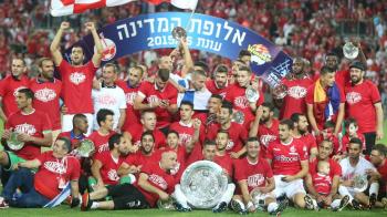 Hoban merge la EURO din postura de CAMPION. Romanul a castigat un titlu istoric in Israel, dupa 40 de ani de asteptare a fanilor lui Beer Sheva