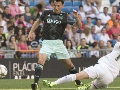 Ogararu, moment MAGIC pe Santiago Bernabeu! A jucat cu Zidane, Figo si Raul intr-un SUPER MECI. VIDEO