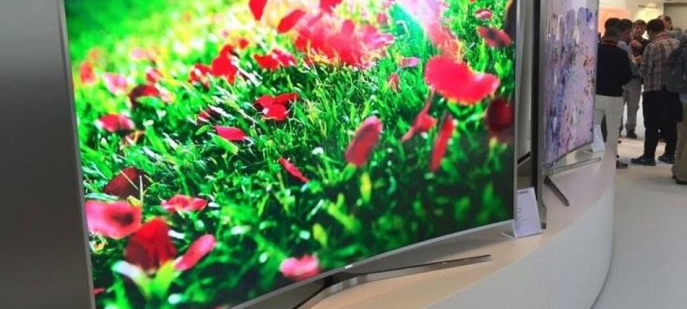 """Razboi intre doi colosi din tech! Samsung si-a atacat rivala: """"Televizoarele voastre nu sunt 4K!"""""""