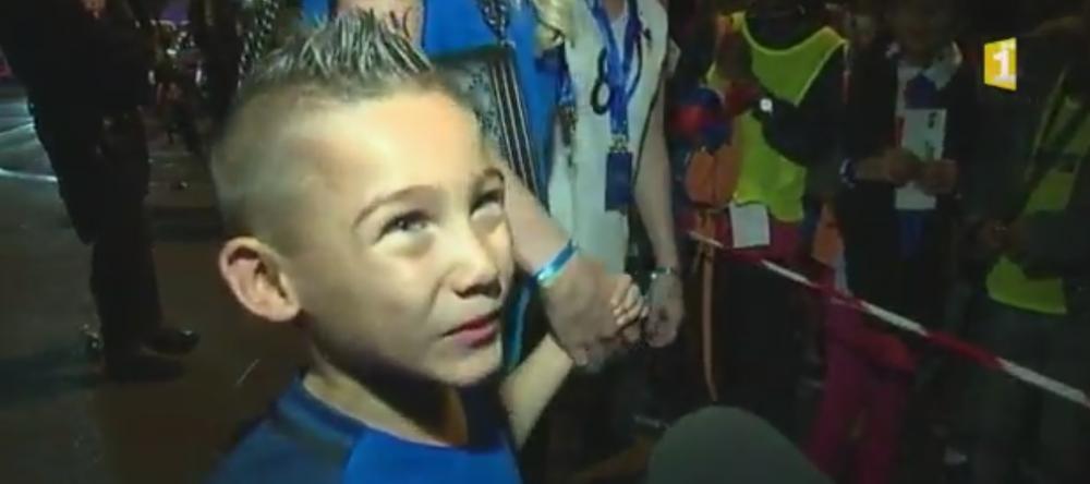 GENIAL! 'Pot sa vorbesc? Pot sa vorbesc?' Baietelul de 6 ani al lui Payet a dat CEA MAI TARE declaratie dupa Romania - Franta