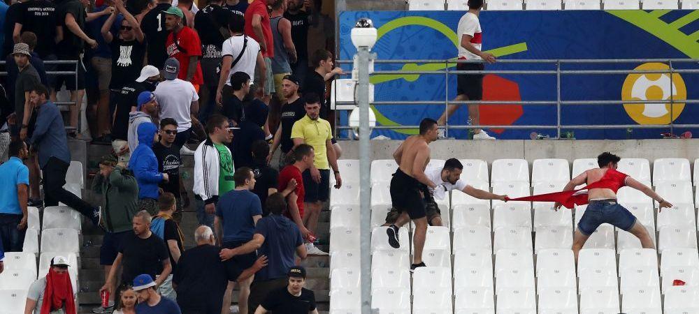 4 rusi au fost ARESTATI! Rusia poate fi exclusa de la Euro daca fanii se bat pe stadion in meciul cu Slovacia de azi