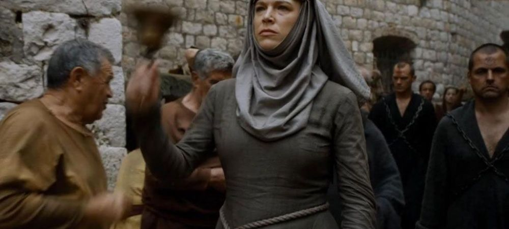 In serial este e fanatica si mereu acoperita, dar in realitate este o femeie superba! Cum arata pe covorul rosu | FOTO
