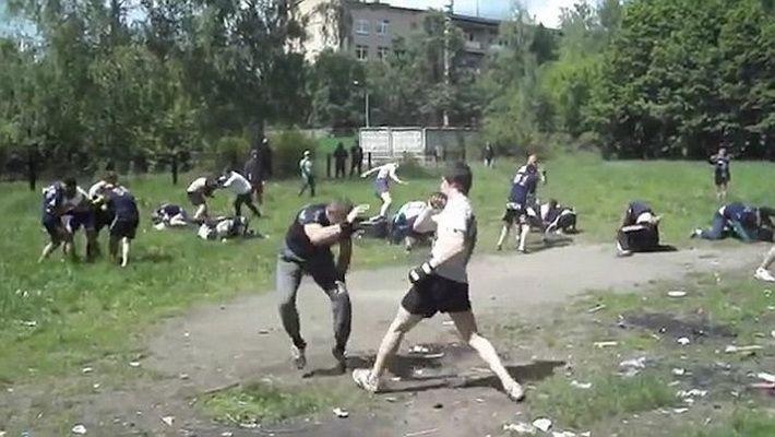 "Cum se ""antreneaza"" huliganii rusi. Imagini socante cu bataile fara reguli organizate de ultrasi"