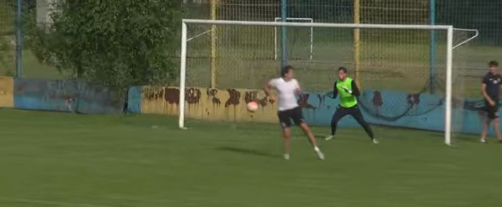 GOL FABULOS reusit de Gica Popescu la antrenamentele Viitorului! L-a copiat pe Cristiano Ronaldo la Euro. VIDEO