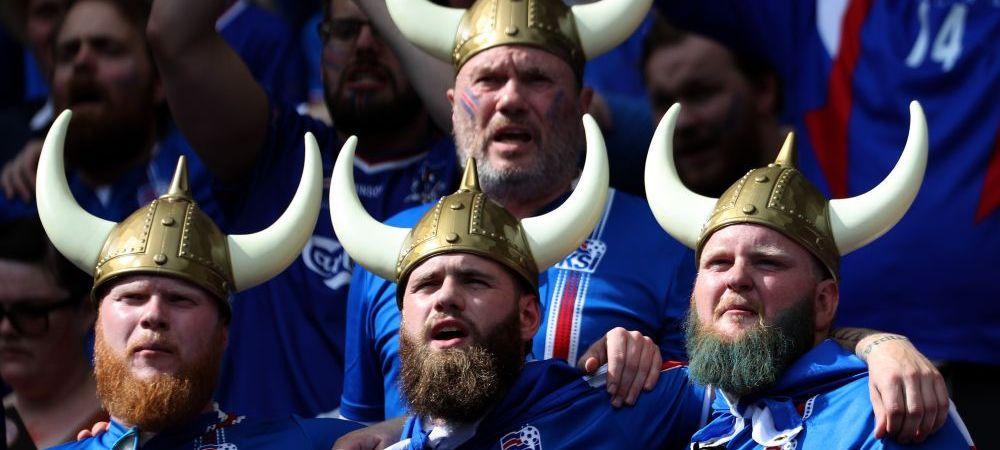 Toata Islanda a iesit in strada de fericire. Au ocupat o piata :)) Video superb cu bucuria nebuna a celei mai mici tari din istorie la Euro
