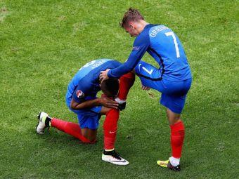 IMAGINEA ZILEI la Euro 2016! Momentul in care Payet s-a pus in genunchi in fata lui Griezmann! E primul jucator de la Zidane care reuseste asa ceva