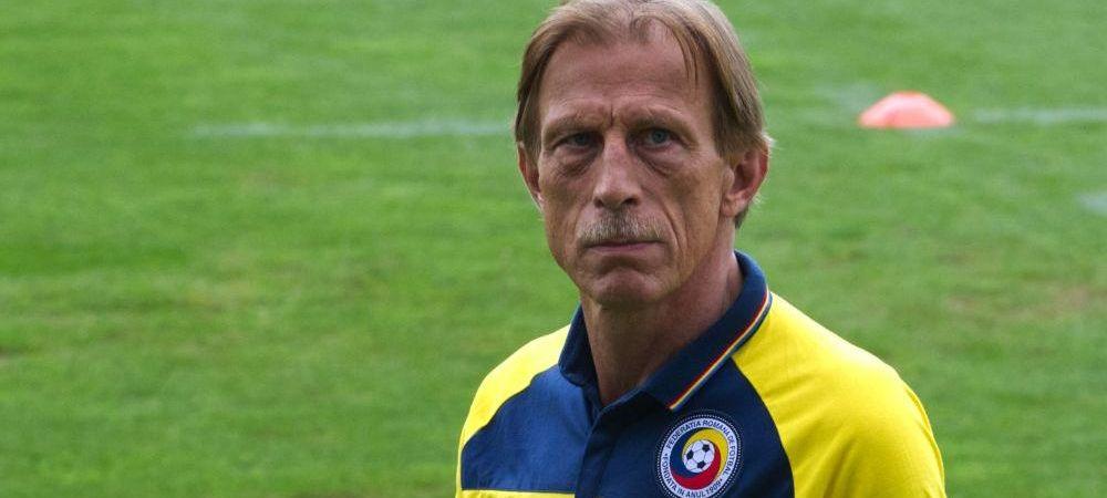 ASTA e echipa lui Daum pentru meciul cu Muntenegru! Bicfalvi si Benzar titulari, Sapunaru la mijloc! Grigore e capitan! Vezi 11-le Romaniei