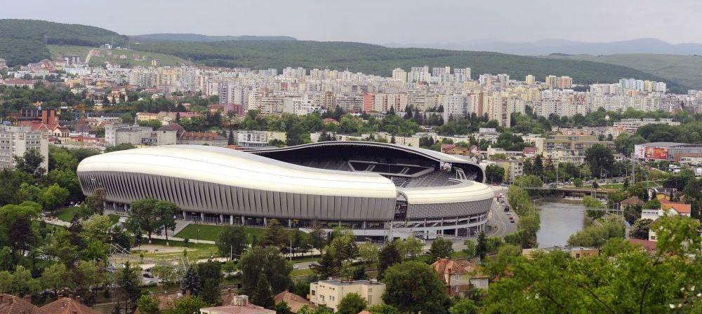 Gazonul a fost mancat de PORUMBEI! Motivul incredibil pentru care terenul de la Cluj n-a reusit sa-si revina dupa UNTOLD :)