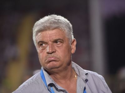 """Andone, dupa o vara cu profit de peste 10 mil € pentru Steaua: """"Nu cred ca au ei bani sa-l ia pe Gnohere!"""" Explicatie surpriza: de ce a lipsit atacantul la antrenamentul de azi"""