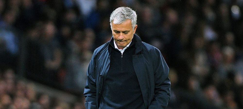 """Momentul incredibil trait de jucatorii lui Manchester United cu Mourinho in avion: """"Niciun antrenor nu a mai reusit asta de la Sir Alex"""""""