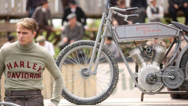 Harley and The Davidsons, povestea fantastica a motoarelor care au cucerit lumea. Una dintre cele mai mari productii realizate de Discovery a fost filmata in Romania