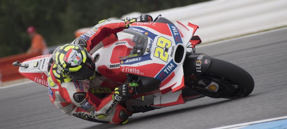 Accident de ultima ora la MotoGP. Italianul Andrea Iannone a fost dus de urgenta cu elicopterul la spital