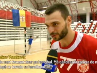 Croatul Vrankovic s-a intors la Dinamo cu inca un titlu: a iesit Mister Turism in tara sa :) Ce spune handbalistul | VIDEO