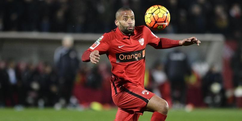 Sumudica face un transfer de URGENTA! A semnat cu un fost jucator al lui Dinamo imediat dupa infrangerea cu Steaua din campionat