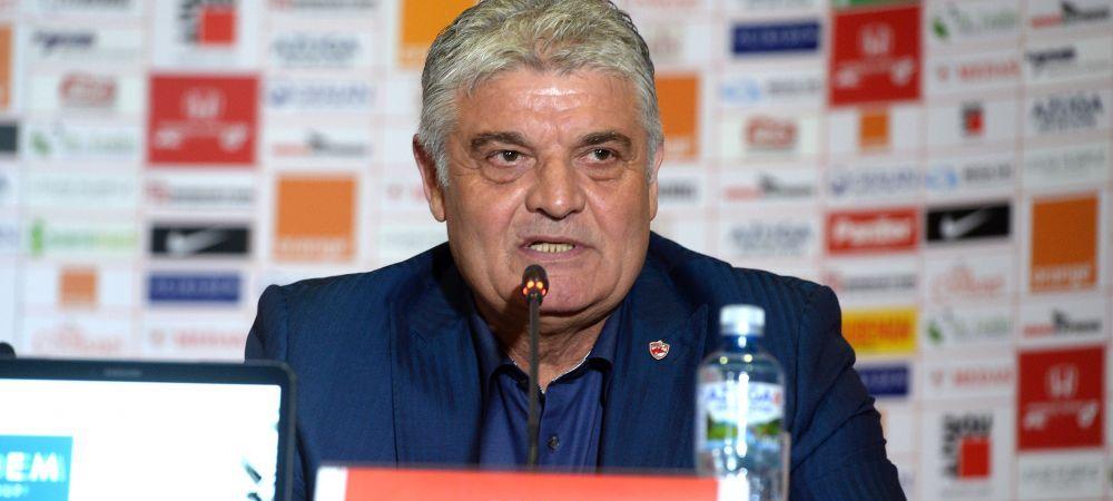"Dinamovistii detoneaza si ei bomba in vestiarul Stelei, ca raspuns la situatia lui Gnohere: ""Tosca ne-a cautat in vara, voia sa vina la noi"""