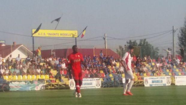Tensiunile continua in cazul Gnohere. Cine a aparut la meciul atacantului pentru Dinamo II, unde a fost exilat de Andone