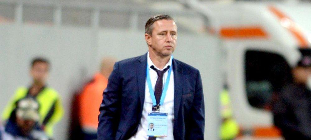 Ramane fara 11 jucatori? Situatie complicata pentru Reghe in momentul in care incerca sa dea RESTART echipei | Joi, Steaua - Villarreal e live la ProTV, 20:00