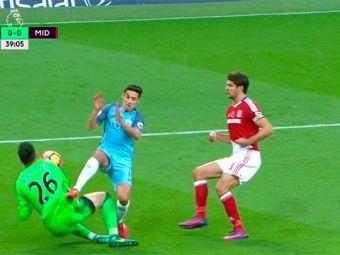 Valdes s-a ales cu o gaura in picior in meciul cu City, dar a continua sa apere. Middlesbrough a scos dramatic egalul in minutul 90+2