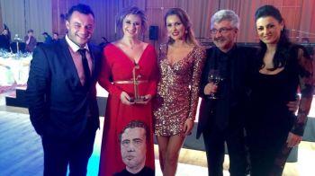 Anul trecut si-a pus chipul lui Reghe pe rochie, acum a avut alta idee! Cum a aparut Anamaria Prodan la Gala Fotbalului. VIDEO