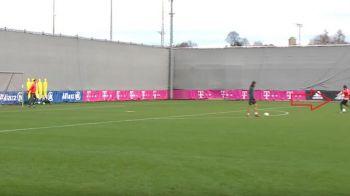 Dovada ca Neuer ii poate lua oricand locul lui Lewandowski :) Reusita fantastica a portarului lui Bayern la un antrenament VIDEO